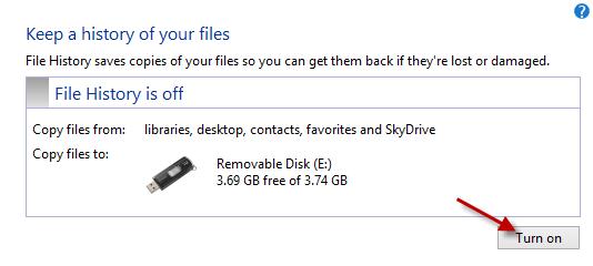 Windows-8-File-History-Turn-on